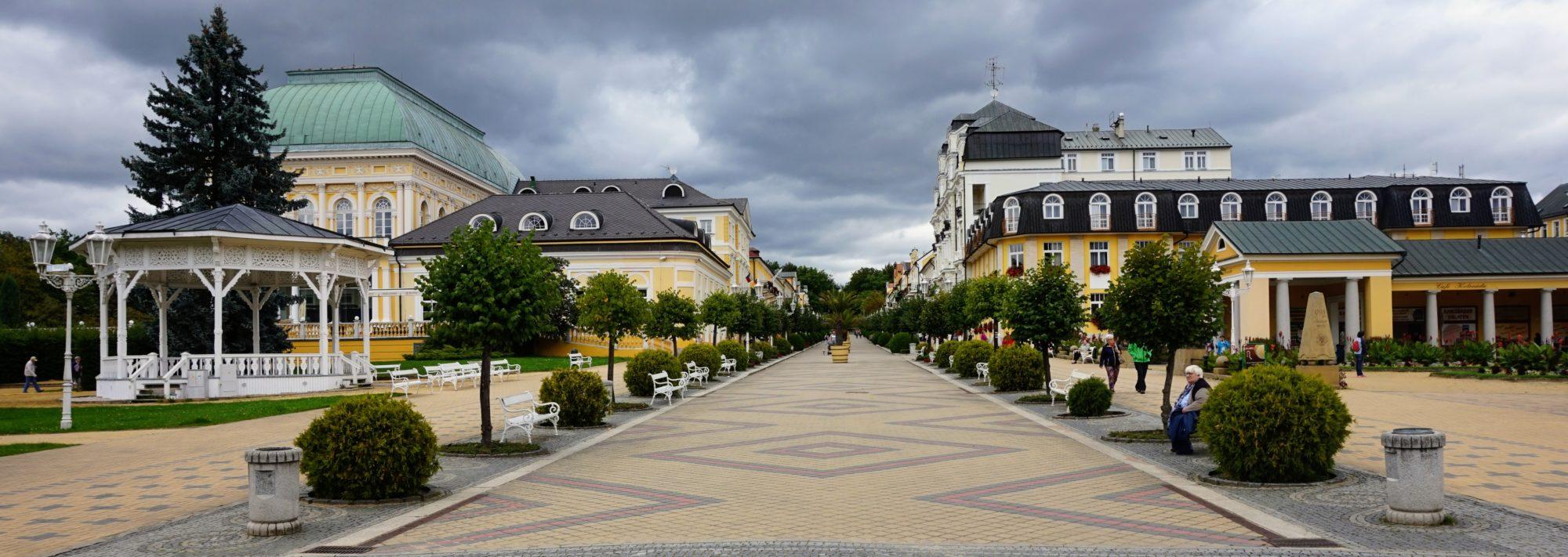 Mondäner Kurort Franzensbad im alten Egerland | Tschechien